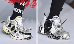 f86d90532d0 VETEMENTS SS19 collab clave  Reebok   Oakley 😍 – WAG1 MAGAZINE