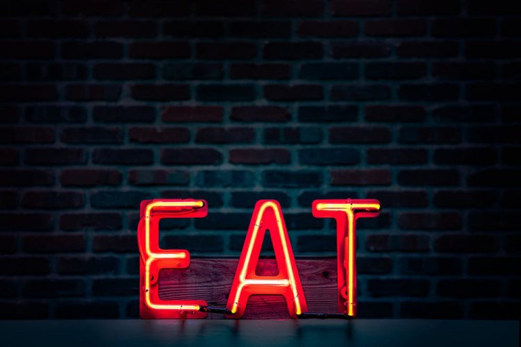 eat-meet-wag1mag Vía: Pexels Imagen: Tim Mossholder