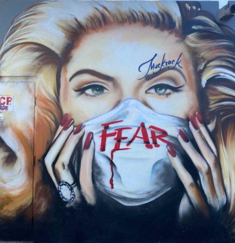 fear-wag1mag Vía https://www.instagram.com/julesmuck/