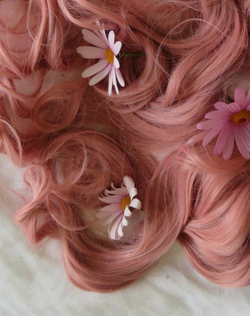 flowers-pink-hair-wag1mag