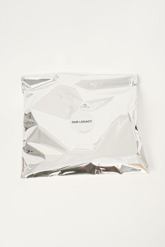 legacy-bag-wag1mag Vía Designspiration