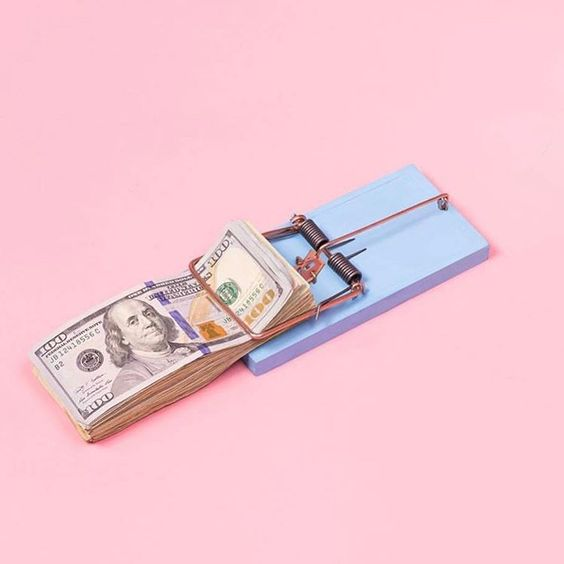 money-pink-blue-wag1mag