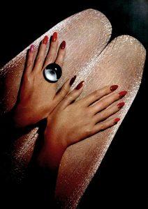 red-nails-photo-wag1mag
