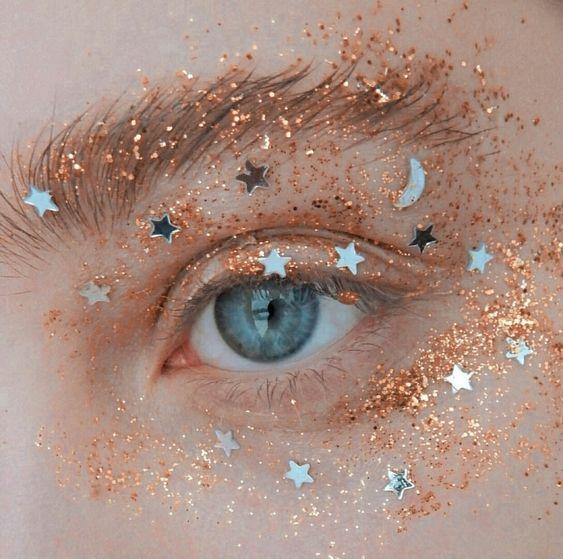 stars-eye-makeup-wag1mag