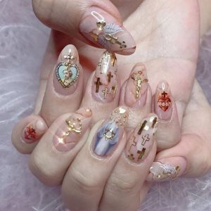 transparent-nails-wag1mag