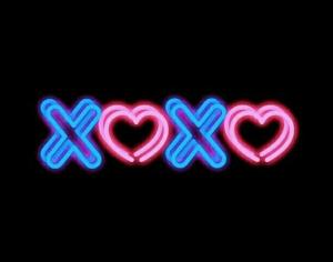 xoxo-mensaje-neon-wag1mag